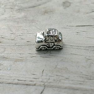 Pandora's screw on UK taxi cab charm
